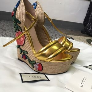 Gucci Floral Embroidered Espadrille Wedges